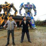 Un fermier chinois fait fortune en construisant des Transformers géants