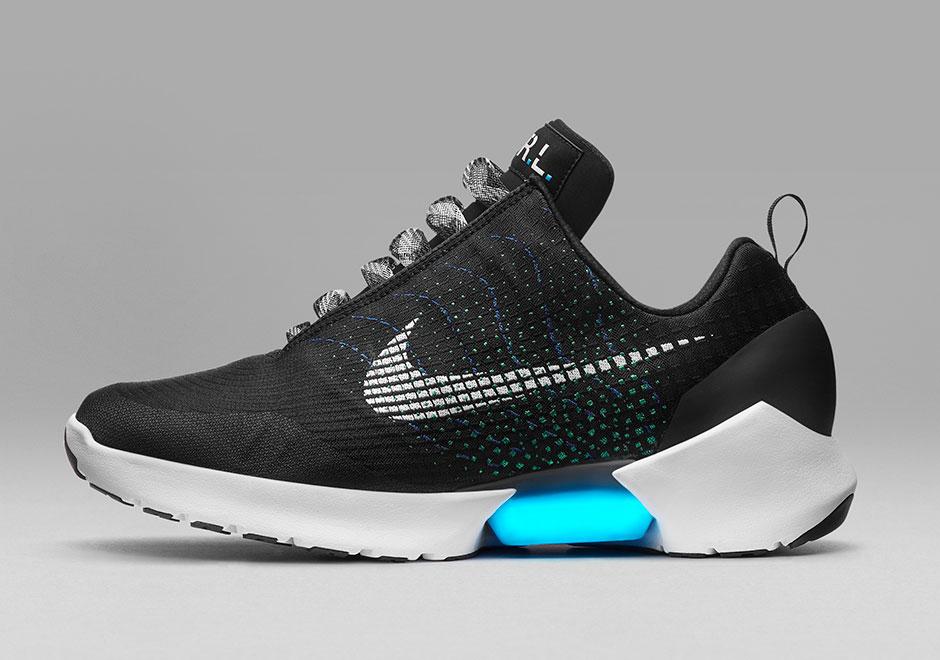 Nike lance une variante des chaussures autolaçantes de