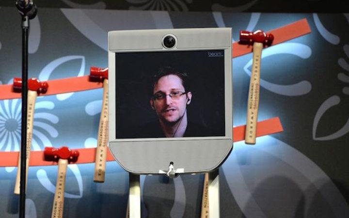 Edward Snowden : grâce à son «Snowbot», il est libre comme l'air