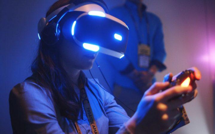 Playstation VR : il faudra jouer assis pour éviter de tout casser
