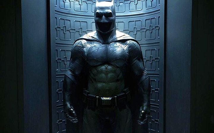 Batman dans Justice League dévoile son nouveau costume