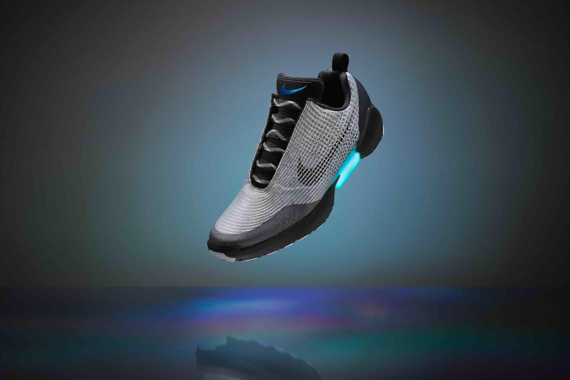 quality design 21624 e3fa0 Nike HyperAdapt 1.0   les chaussures inspirées de Retour Vers le Futur  arrivent le 28 novembre