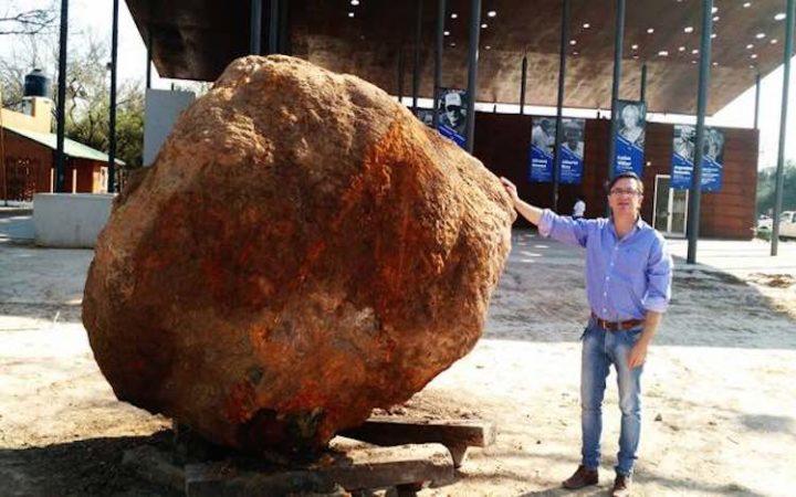 Une énorme météorite de plus de 30 tonnes vient d'être déterrée en Argentine