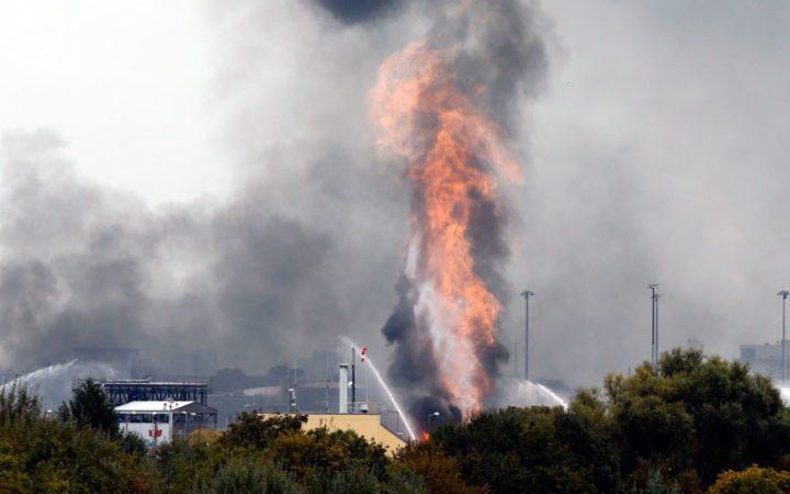 Explosion dans une usine BASF : les vidéos impressionnantes du drame