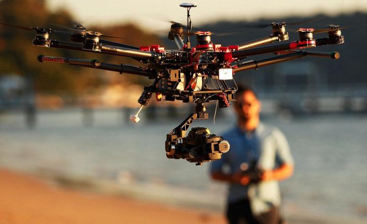 Avec son drone, il filme sa femme le faire cocu puis balance tout sur Youtube