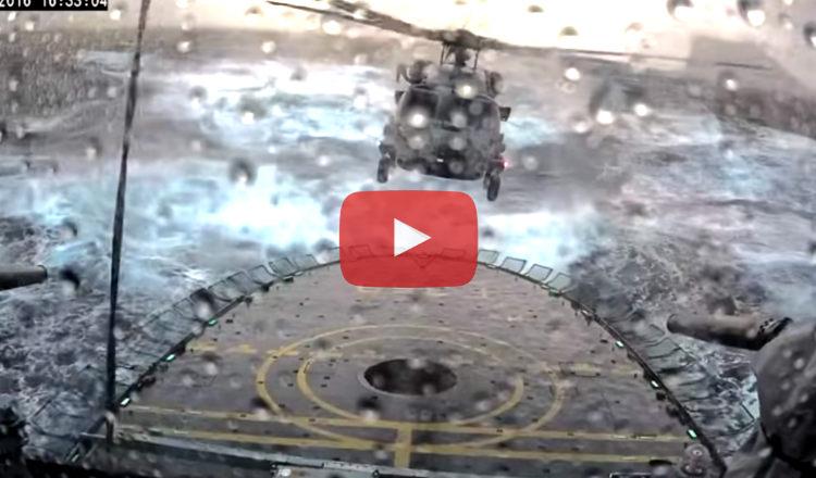 Vidéo : un hélicoptère atterrit in extremis sur un navire en pleine tempête