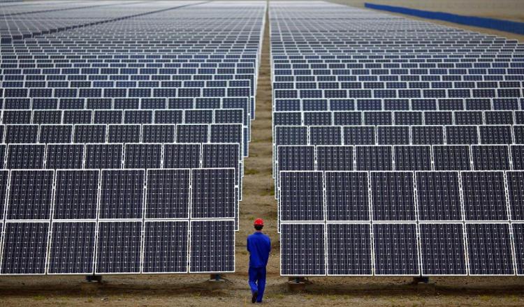 L'énergie solaire devient moins chère que celle du pétrole et du charbon