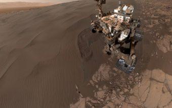 Curiosity se prend en selfie pour vérifier son état