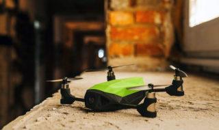 Nano a présenter ses Racer au CES 2017, des minidrones low cost taillés pour la course