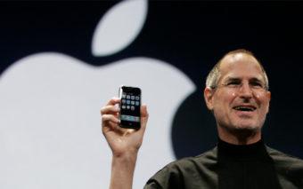 L'iPhone a 10 ans, revivez la keynote historique de Steve Jobs en vidéo