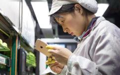 iPhone : Foxconn va licencier presque tout le monde et robotiser ses usines