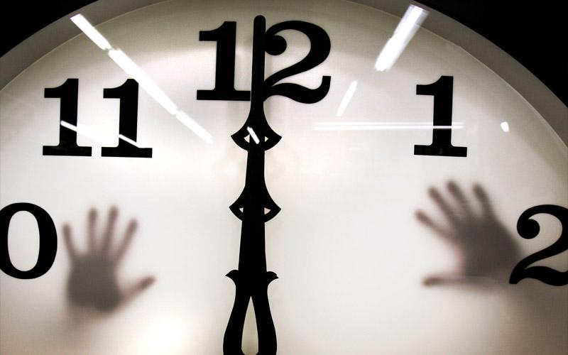 L'horloge de l'apocalypse avancée plus près de minuit