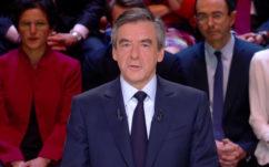 Débat présidentiel : François Fillon pousse TF1 à interdire les smartphones sur le plateau