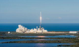 SpaceX réussit le lancement de la fusée Falcon 9