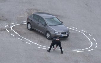 Vidéo : comment pirater une voiture autonome avec un pot de peinture