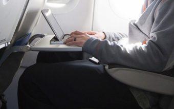 Les USA veulent interdire les PC portables et tablettes à bord des vols en provenance d'Europe