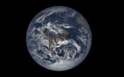 NASA : la Terre émet de mystérieux flashs lumineux vers l'espace, voici enfin l'explication