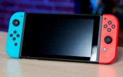 Nintendo Switch : un père offre une vraie-fausse console en carton à son fils, sa réaction vaut le détour