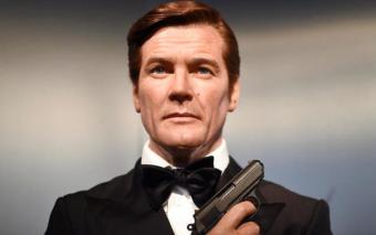 Roger Moore, l'emblématique James Bond, est mort