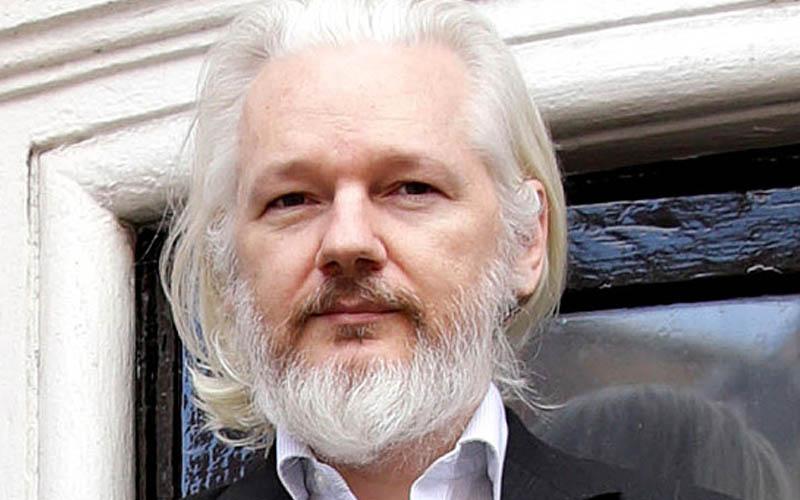 wikileaks julian assange asile france