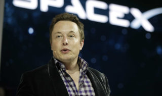 Elon Musk veut coloniser Mars pour éviter l'extinction de la race humaine