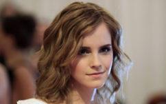 Emma Watson : retrouvez les livres qu'elle a cachés avec une dédicace dans les rues de Paris