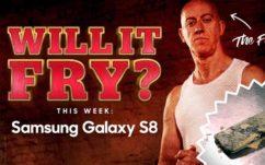 Galaxy S8 : il survit à une minute dans l'huile bouillante d'une friteuse, en vidéo