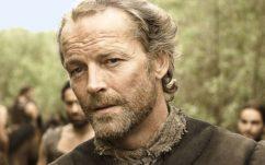 Game of Thrones saison 7 : voici ce qu'a écrit Jorah à Daenerys dans la lettre que l'on aperçoit dans le 2e épisode
