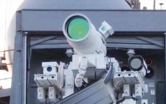 Vidéo : l'armée américaine fait la démonstration de son terrifiant laser tueur