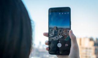 OnePlus 5 : nouveau problème, il redémarre lorsqu'on appelle les urgences, en vidéo