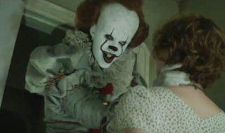 Ça de Stephen King : nouveau teaser terrifiant, l'affreux clown Pennywise chante «tue les tous» !