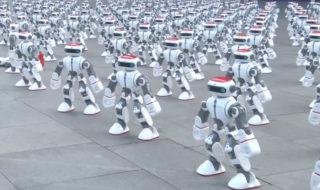 Vidéo : 1069 robots dansent simultanément et battent le record du monde !