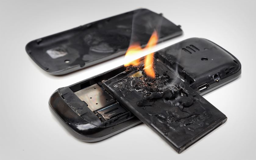 smartphone batterie etat exterieur
