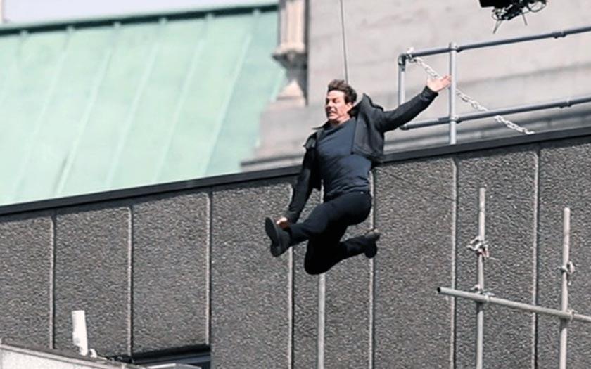Vidéo. Tom Cruise se blesse sur le tournage de Mission Impossible 6