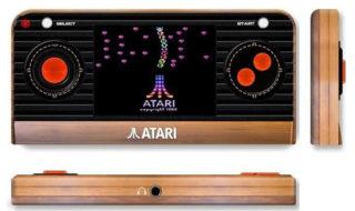L'Atari 2600 revient en format mini console avec écran, manette et 50 jeux