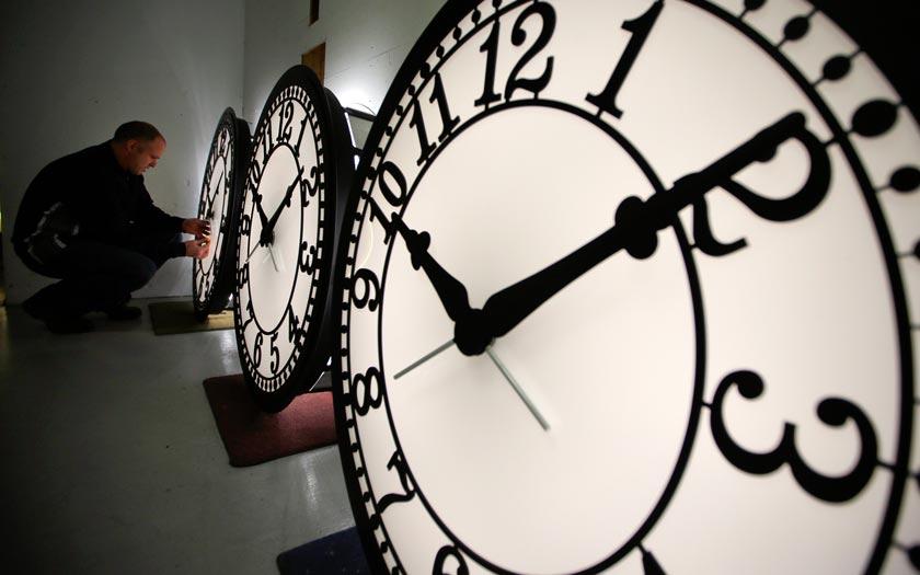 Date changement heure hiver 2017 n 39 oubliez pas de reculer les horloges d 39 une heure - Changement heure d hiver 2017 ...