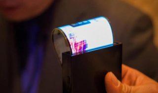 Galaxy X : un smartphone à écran pliable Samsung vient de passer la certification