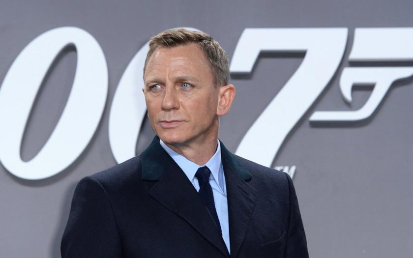 James Bond Apple Amazon