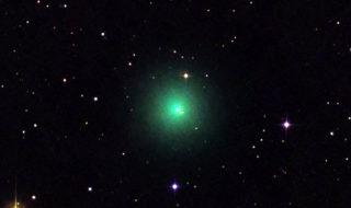 Une comète à peine découverte est visible dans le ciel nocturne [vidéo]
