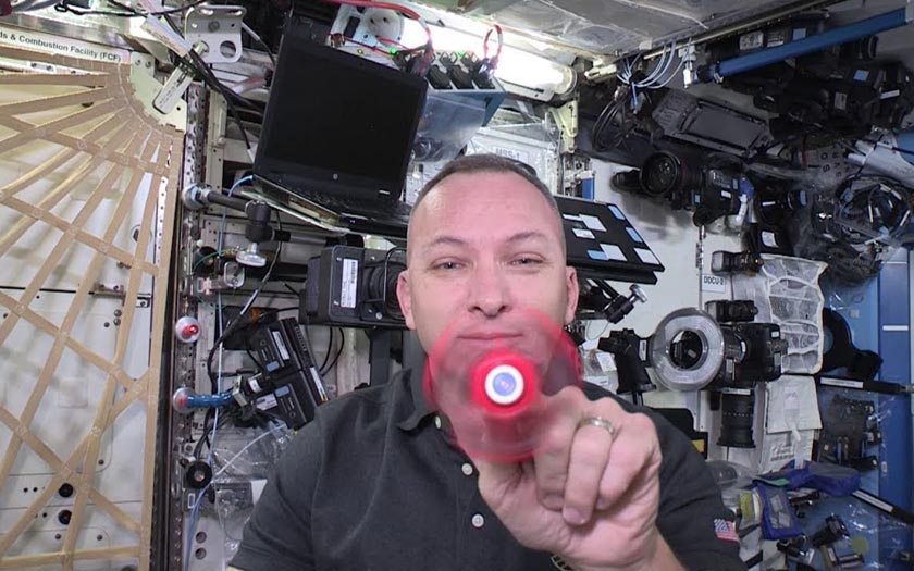 Hand Spinner ISS