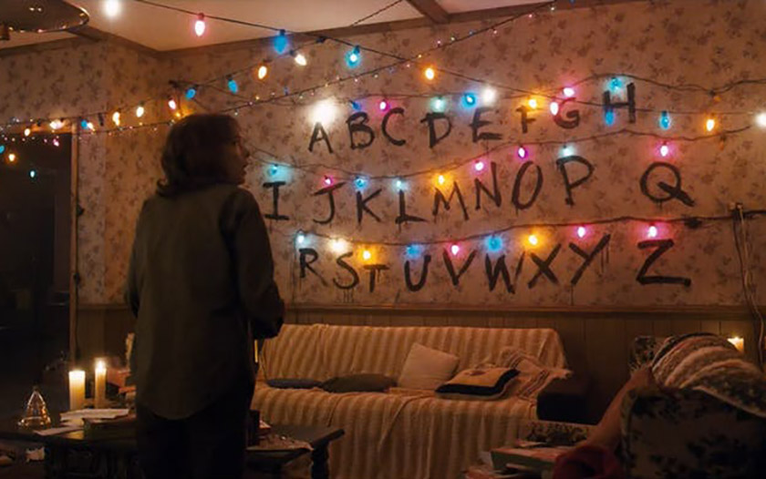 stranger things upside down électricité