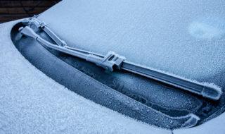 Comment dégivrer le pare brise rapidement en hiver ?