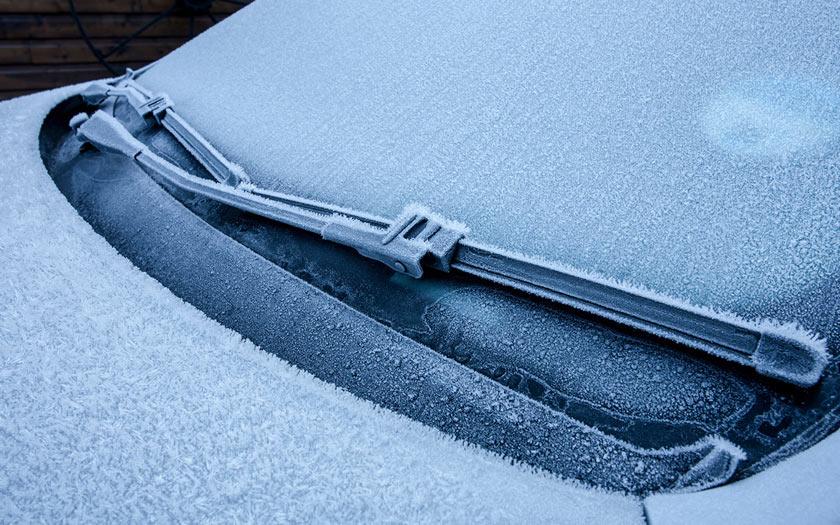 Comment d givrer le pare brise rapidement en hiver for Degivrer rapidement un congelateur