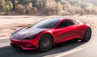 Tesla dévoile son Roadster électrique ultra-rapide avec 1000 km d'autonomie et le camion du futur