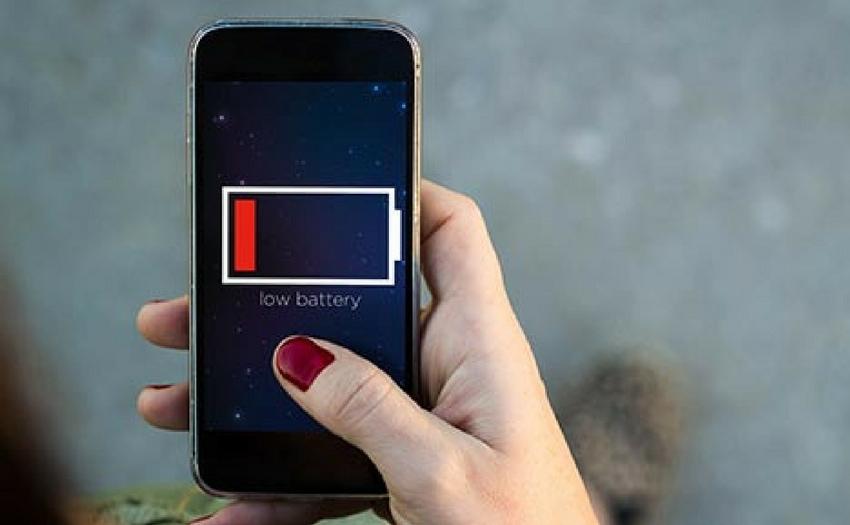 Smartphone qui ne s 39 allume plus 5 causes possibles et for Miroir qui s allume