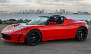 Elon Musk va envoyer sa Tesla Roadster décapotable en orbite autour de Mars
