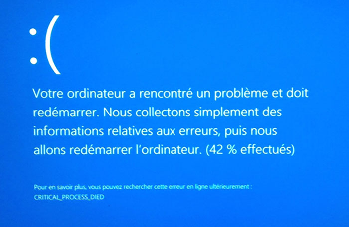 Windows 8 a rencontre un probleme et doit redemarrer