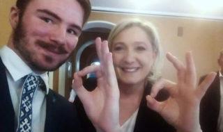 Selfie de Marine Le Pen : que signifie son geste dans cette photo fortement critiquée ?