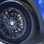 Michelin Uptis : le premier pneu increvable