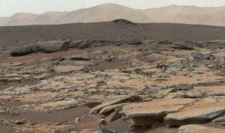 Mars : des lacs salés se cacheraient sous la surface de la planète rouge